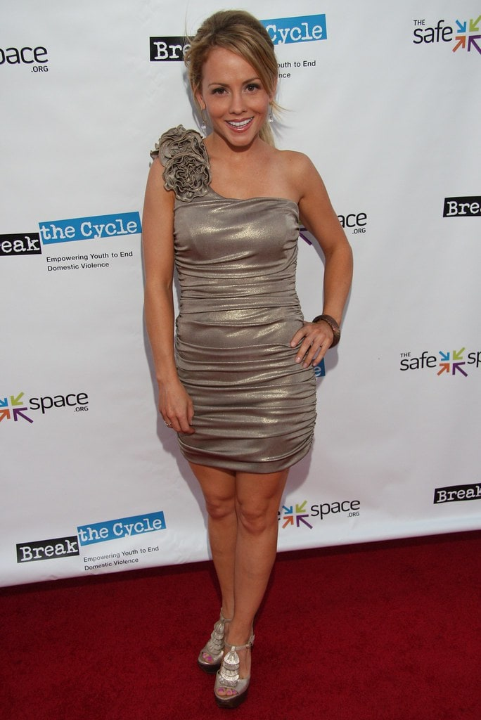 Kelly Stables Biography